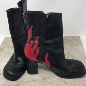 HARLEY DAVIDSON BLACK & RED FLAME BIKER BOOTS 8